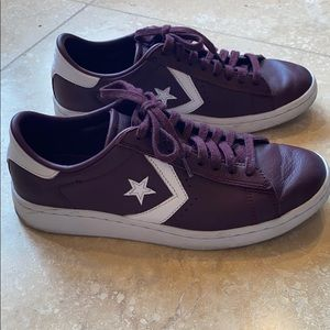Converse Sneakers (leather)